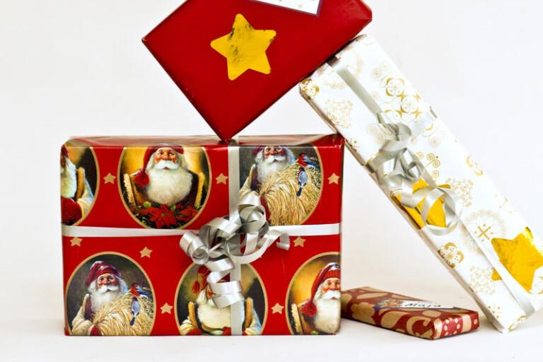 Kommunstyrelsen ändrar sig - personalen får julklapp
