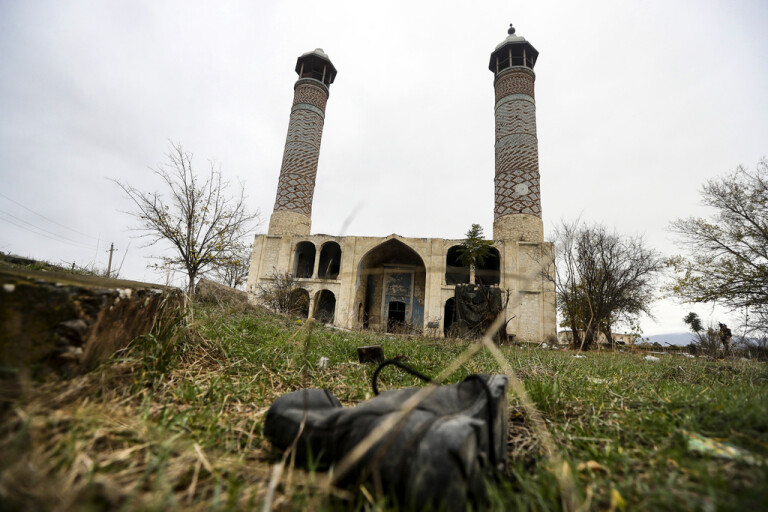Azeriska styrkor in i Aghdam