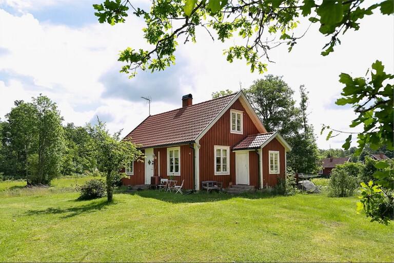 Sommarstugor och familjevillor bland de hetaste bostäderna