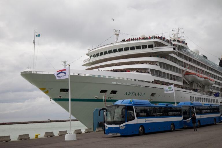 Kryssningsfartyget M/S Artania.