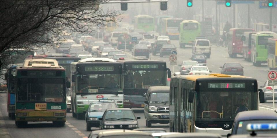 Kollektivtrafiken i över tio kinesiska städer har stoppats för att stävja spridning av coronaviruset under det kinesiska nyåret. Arkivbild