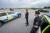 Stenkastningen fortsätter mot danska bilar