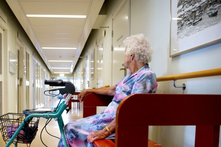 Visiting ban at retirement homes to be lifted on October 1st