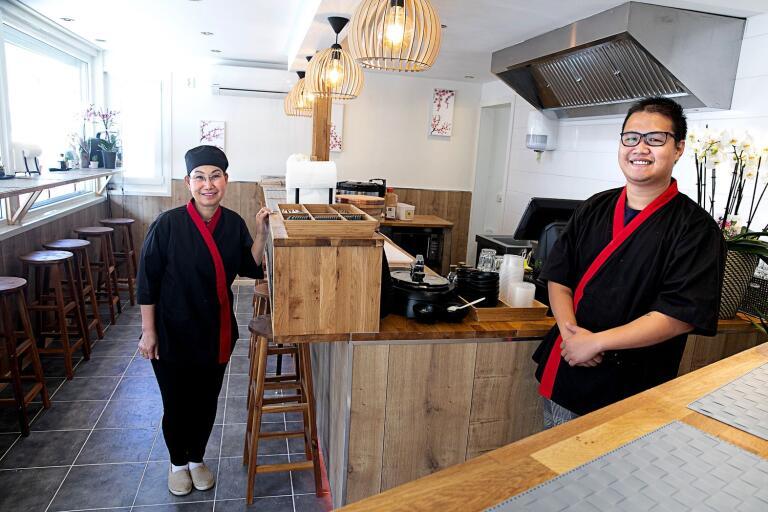 Anh Do och Daniel Lee i det helt nyrenoverade köket som öppnade i helgen efter att ha varit stängt sedan julhelgen förra året.
