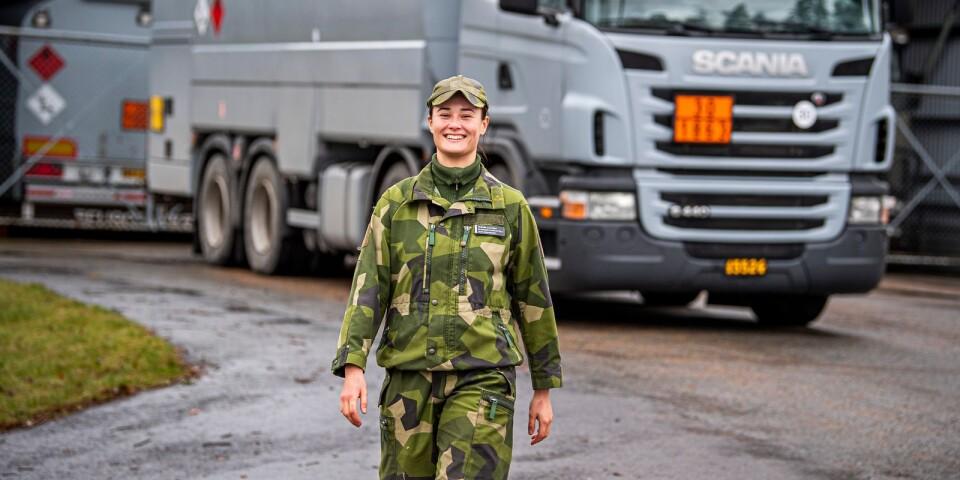 Allt fler kvinnor söker sig till försvarsmakten.