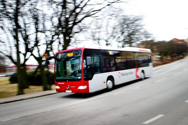 Klart: Bussarna får inte släppa in passagerare fram