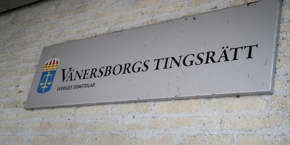 En man begärs häktad vid Vänersborgs tingsrätt, misstänkt för bland annat ett våldtäktsförsök. Arkivbild.