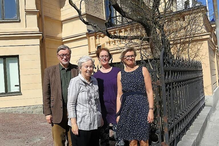 Torbjörn Lodén, Lena Jönsson, Ylva Magnusson och Viktoria Bengtsdotter Katz firade Anna Rydstedts 90-års dag på Vitterhetsakademin i Stockholm med ett två dagar långt symposium om poetens författarskap.