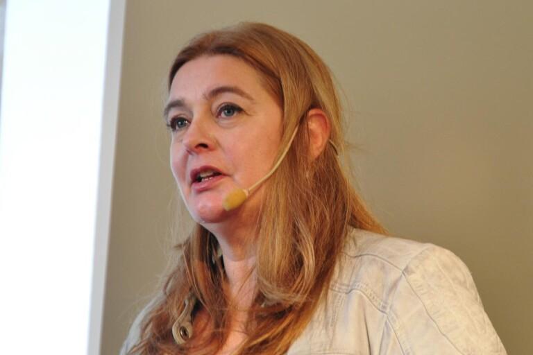 Helena Victor kommer att föreläsa om det senaste nytt från Sandby borg.