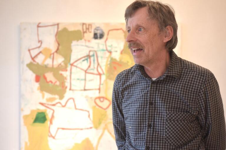 """Roger Simonsson är sist ut på Bergdala i vår. Målningen heter """"Katedral""""."""