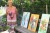 Kan inte vara med på Konst runt – ordnar egen konstrunda i trädgården