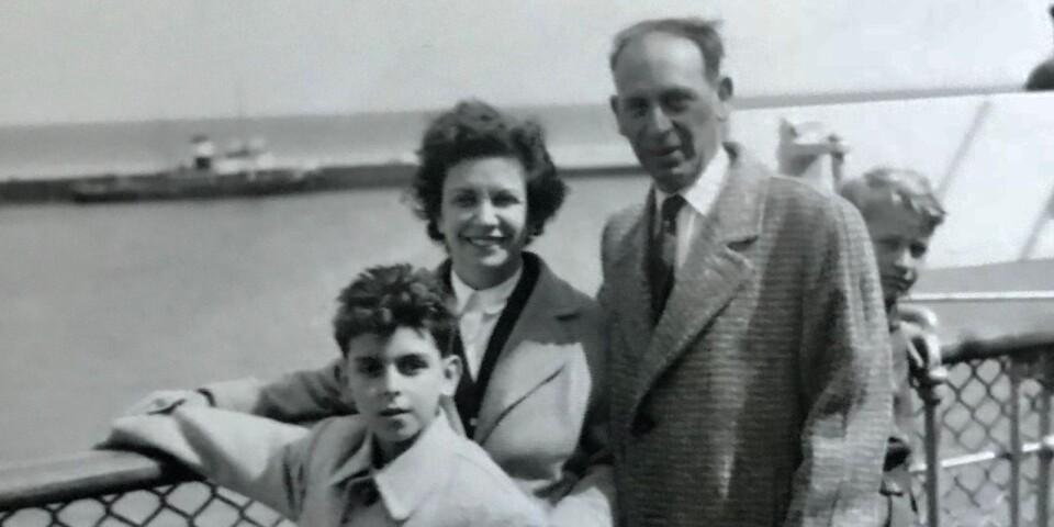 1958 kom pojken Lars Farago till Sverige tillsammans med sina föräldrar. Knappt två år tidigare hadede flytt från Ungern.