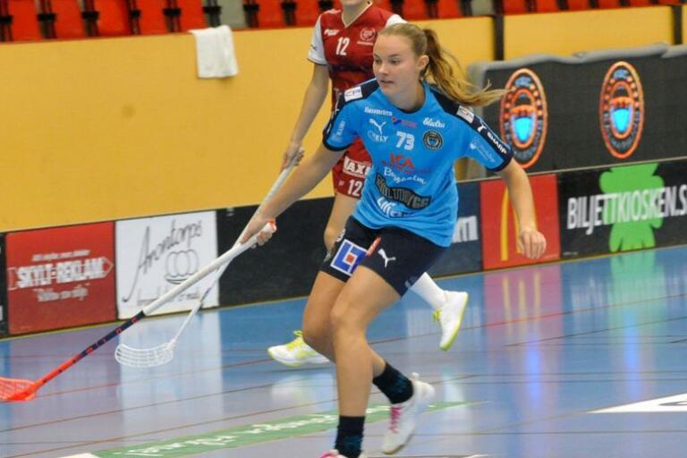 Sara Waktel har skrivit på ett nytt tvåårskontrakt med FBC Kalmarsund.