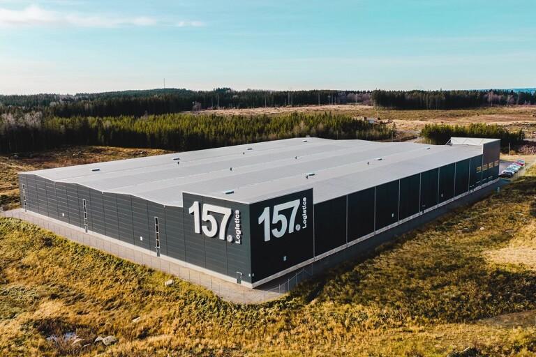 Lager 157 dubblar sitt lager i Ulricehamn