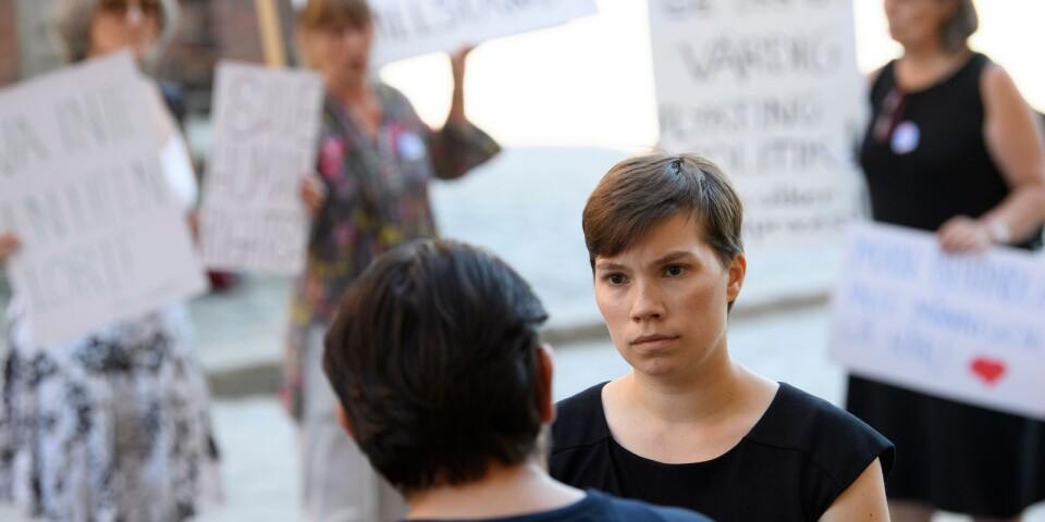 Migrationskommitténs ledamot Annika Hirvonen Falk (MP). Miljöpartiet kan stoppa kommitténs förslag från att gå till riksdagen.