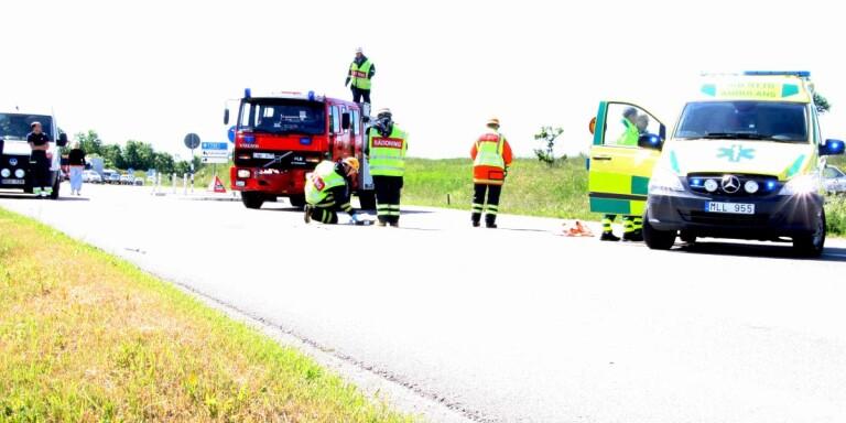 """I takt med att trafiken ökat så kraftigt på väg 136 så behöver Trafikverket se över trafiksituationen. """"Men för ölänningarna är säkerheten viktigare än nya två plus ett-dragningar"""", skriver Ölandsbladets chefredaktör Peter Boström."""
