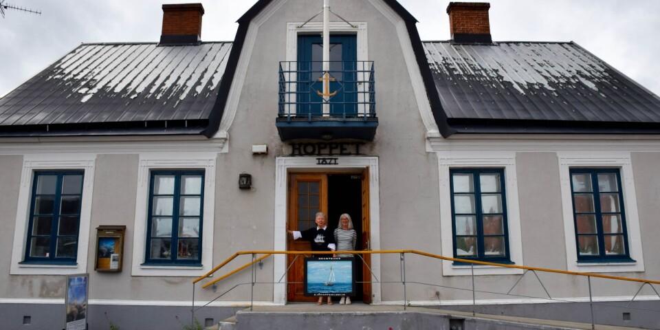 Sjöfartsmuseet Hoppet är öppet för besökare varje dag klockan 14-17 till och med den 15 augusti. Entréavgiften är en blygsam tjugolapp.