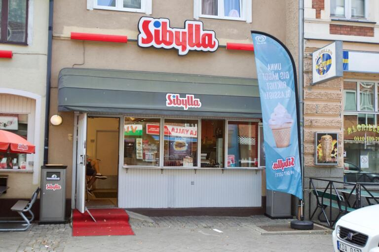 Gatukök på Algatan till salu – för knappt tre miljoner kronor