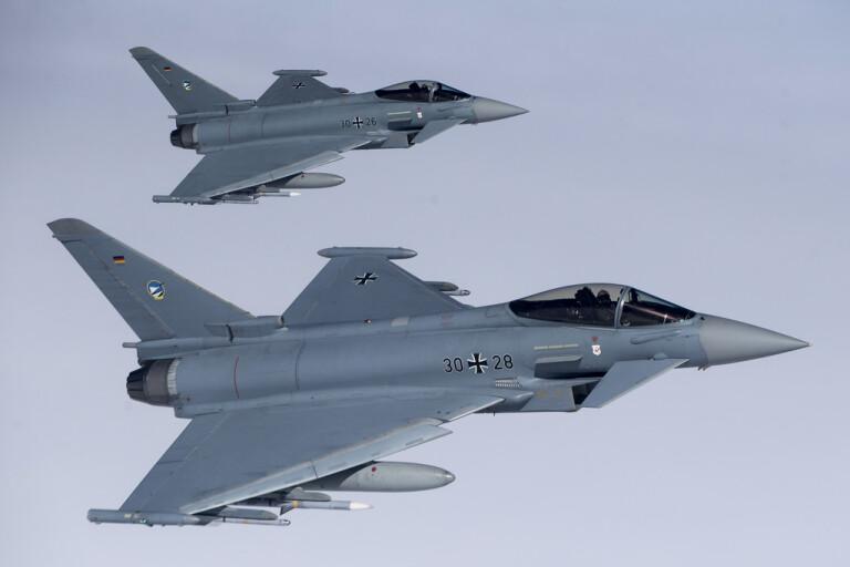 Strid om stridsflyg i alliansfritt Schweiz