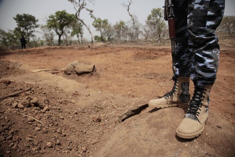 En soldat på vakt i norra Nigeria. Arkivbild.