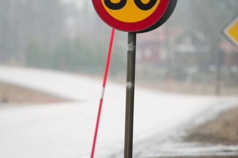 """Nu sänks hastigheten på väg 11: """"Vet att det räddar liv"""""""