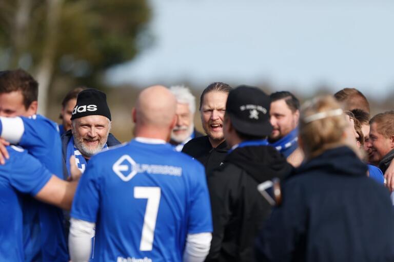 Pontus Skruvik Nilsson (mitten) och Sebastian Hultman tränar IFK Påryd även 2020.