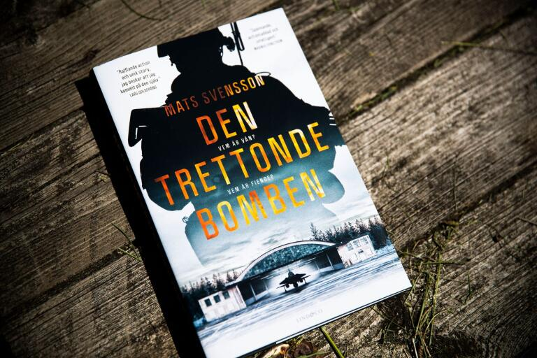 "Mats Svensson ""Den trettonde bomben"", Lind & Co"
