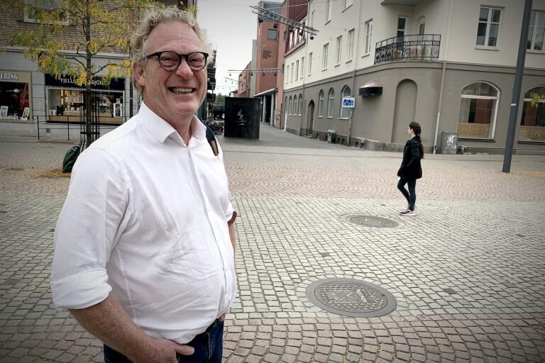 Nya chefen vill ha p-vakter som dansar balett på torget