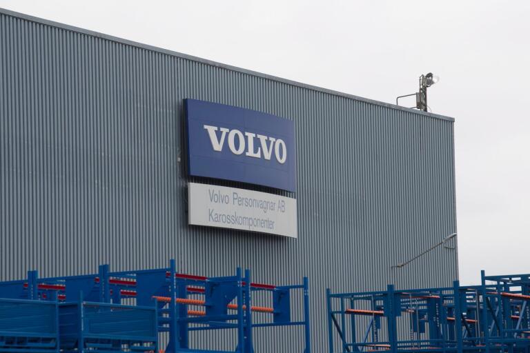 Volvo beräknar kunna öka sin bemanning i fabriken successivt under vecka 16.