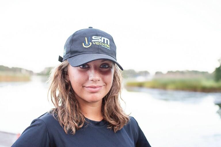 Ella, 15, tävlar i SUP-paddling – vann junior-SM i somras