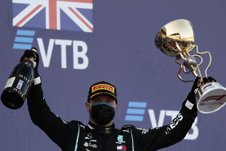 Bottas vann när Hamilton blev bestraffad