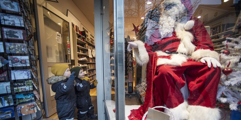 Julstämningen på sparlåga i Växjö