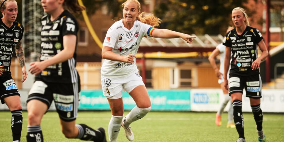 Rosengårds Glodis Perla Viggosdottir och hennes Island vann med hela 9–0 mot Lettland. På tisdag väntar EM-kval mot Sverige. Arkivbild.