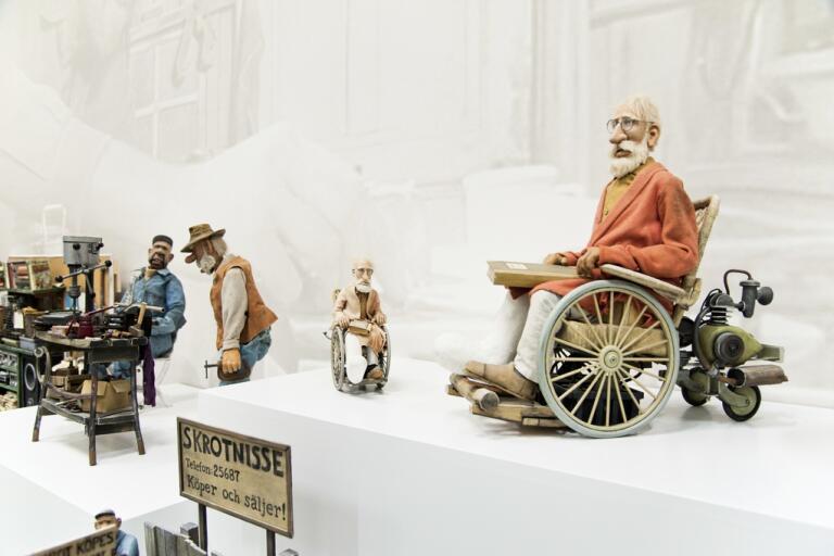 """Jan Lööf identifierar sig främst med Bertil Enstöring av sina barnboksfigurer. Bilden kommer från utställningen """"Jan Lööf – bildmakaren"""" på Göteborgs konstmuseum 2011. Arkivbild."""