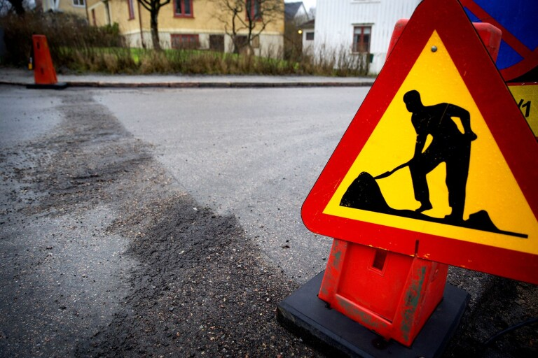 تنفيذ أعمال الطرق في فيكخو مع إمكانية عبور محدودة