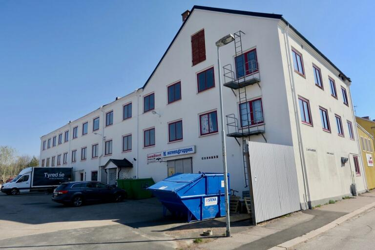 Sensus får en våning till i det vita huset på Jungnergatan. Där ska det inrymmas sex nya replokaler och en inspelningsstudion. Inflyttning blir någon gång i maj.