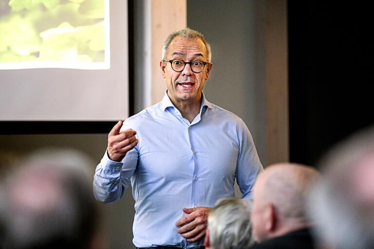Privatekonomiske rådgivaren hos Swedbank Arturo Arques berättade om de närmaste framtidsutsikterna för ekonomin hos Rotary under måndagen.
