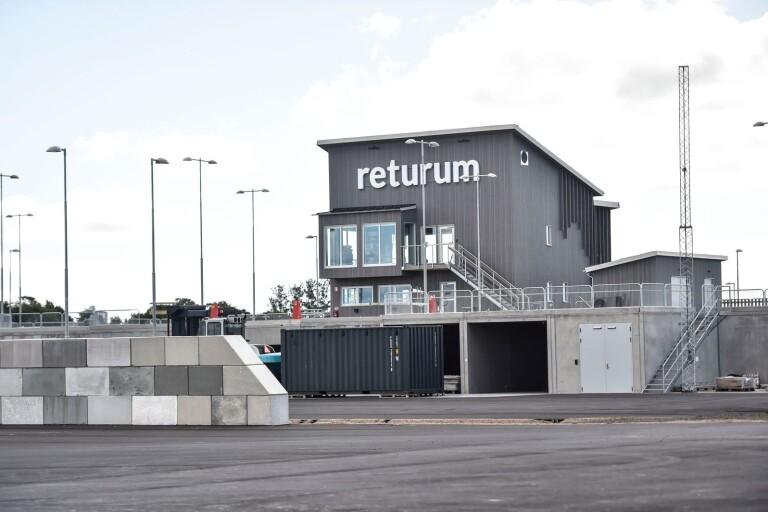 """Förvirring kring Returums öppettider: """"Vi fick köra hem allihop"""""""