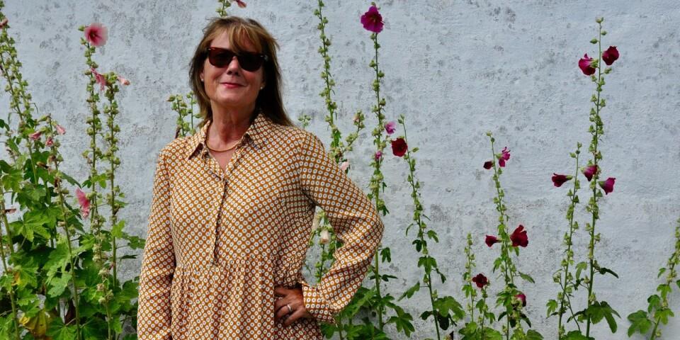 TV-producenten Susanne Cederberg i Skillinges hamn.