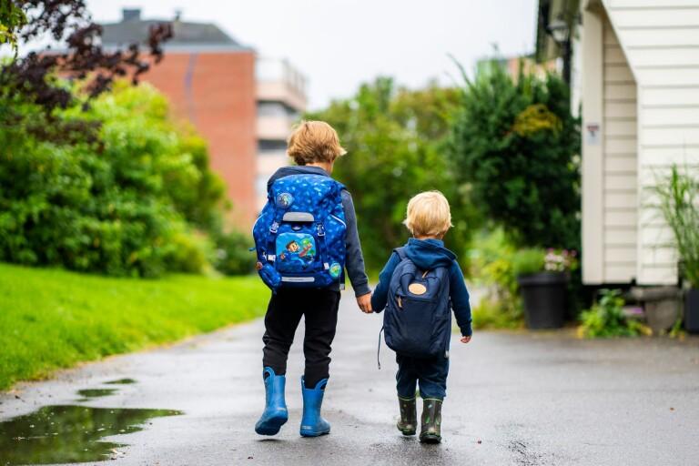 Barn med smitta hemma ska inte gå till skola
