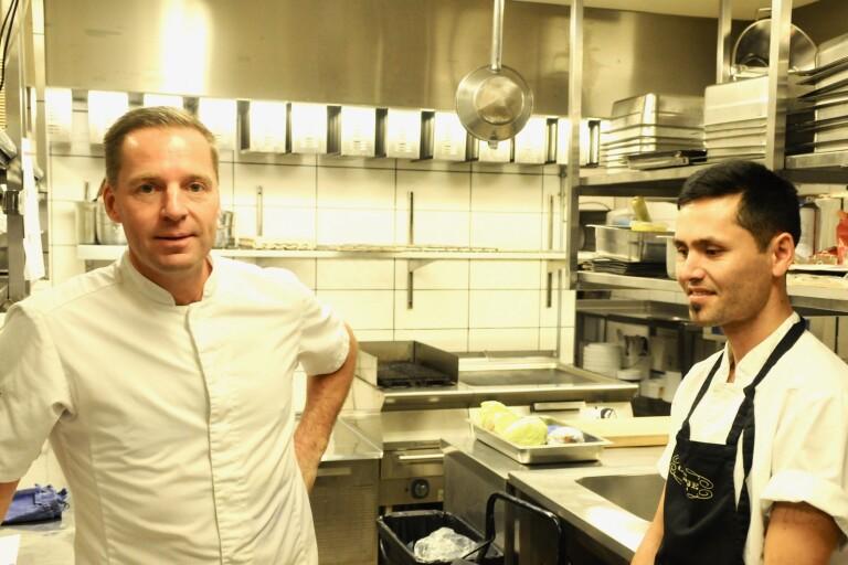 Hossein började i disken – nu är han kock på finkrogen