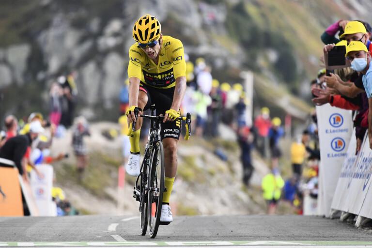 Tourledarens cykel skadad – stallchef utsparkad