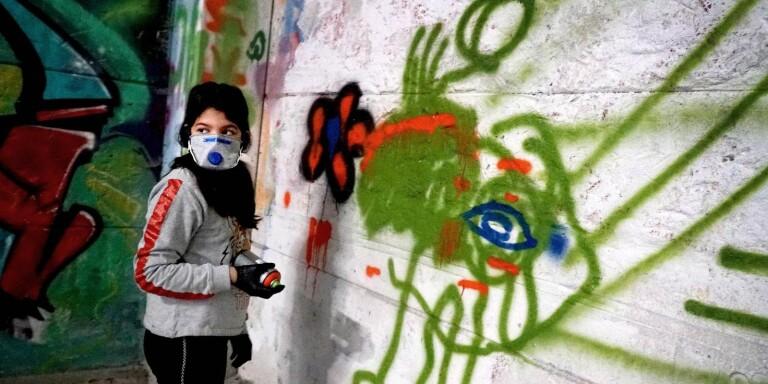 Barnens konst får plats bland muralmålningar