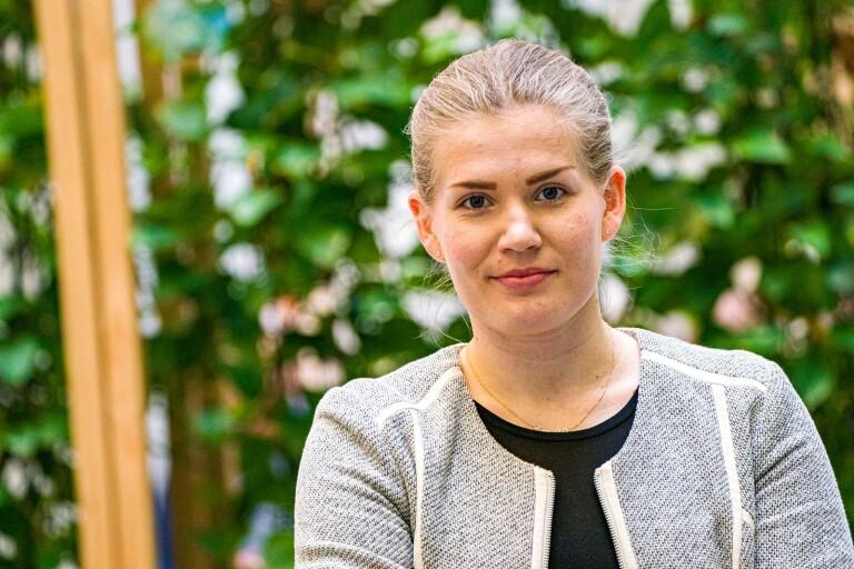 Emelie Nyberg (M) hoppar av