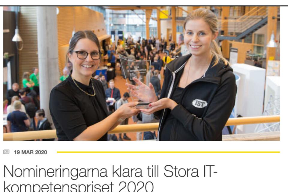 Naviga, fd Infomaker, vann Stora IT-kompetenspriset 2019 och här får Nina Månsson ta emot priset. Nu har de tio nominerade för 2020 meddelats.