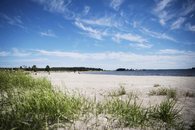 Från och med 13 juni får svenskar resa fritt inom landet. Arkivbild.