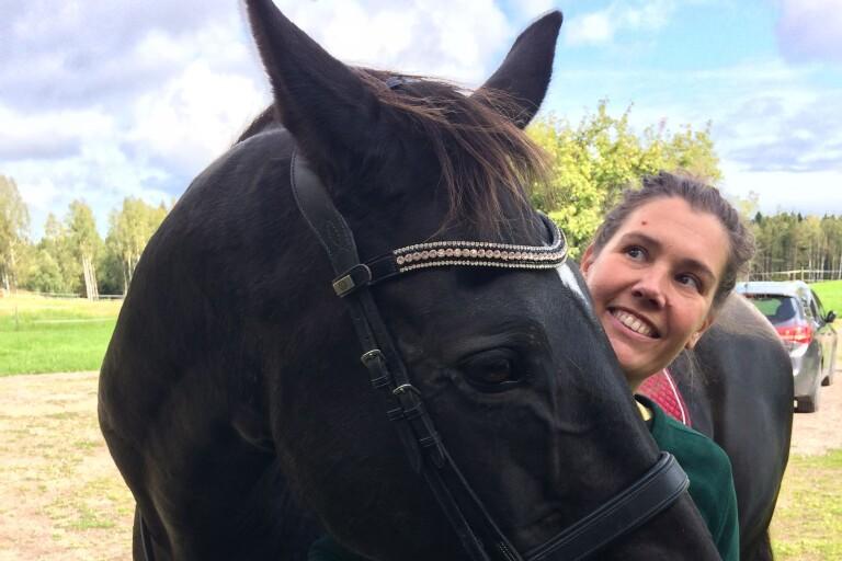 Vänskap sätts på spel i bok om hästliv