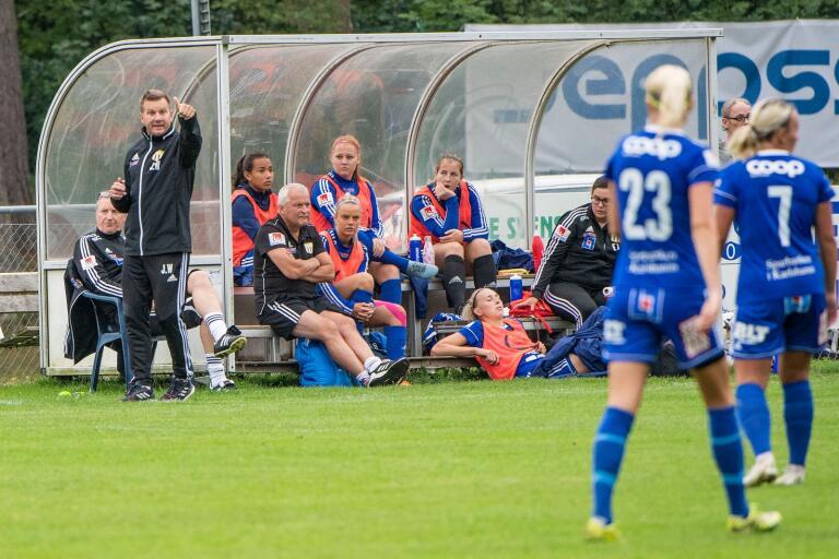 Jens Wedeborg signalerar för ett nytt upplägg lagom till helgens match mot tabelltvåan Hammarby IF.