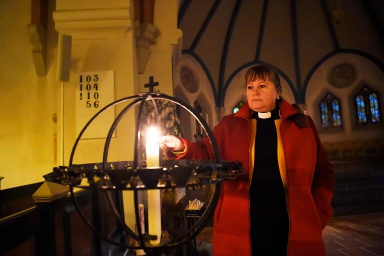 Kyrkan: Kom, tänd ett ljus för Emilia