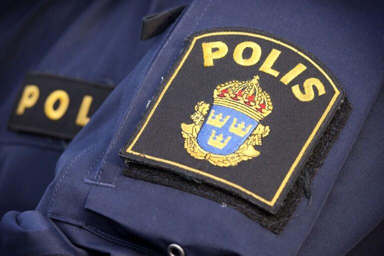 Brott: Skadegörelse på bil – slog sönder bromsskivor